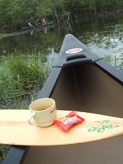 温かい紅茶とクッキーでひと休み・・・